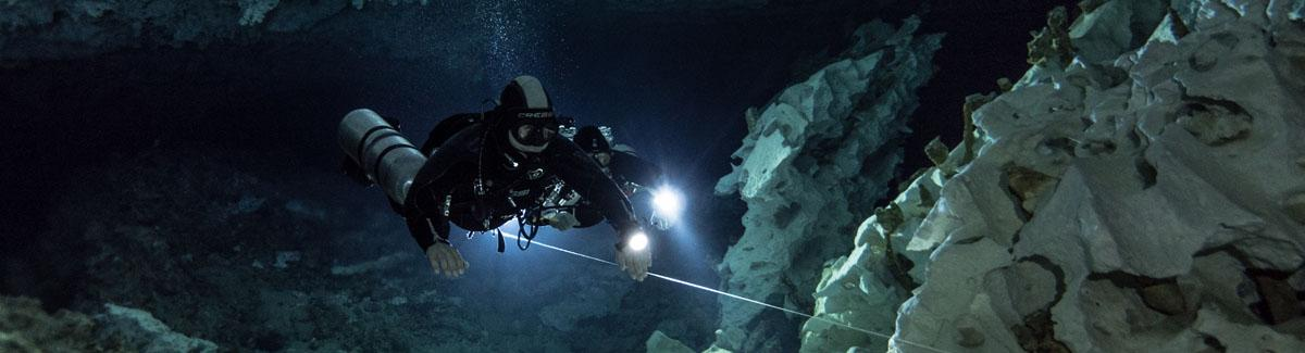 basic cave sidemount diving